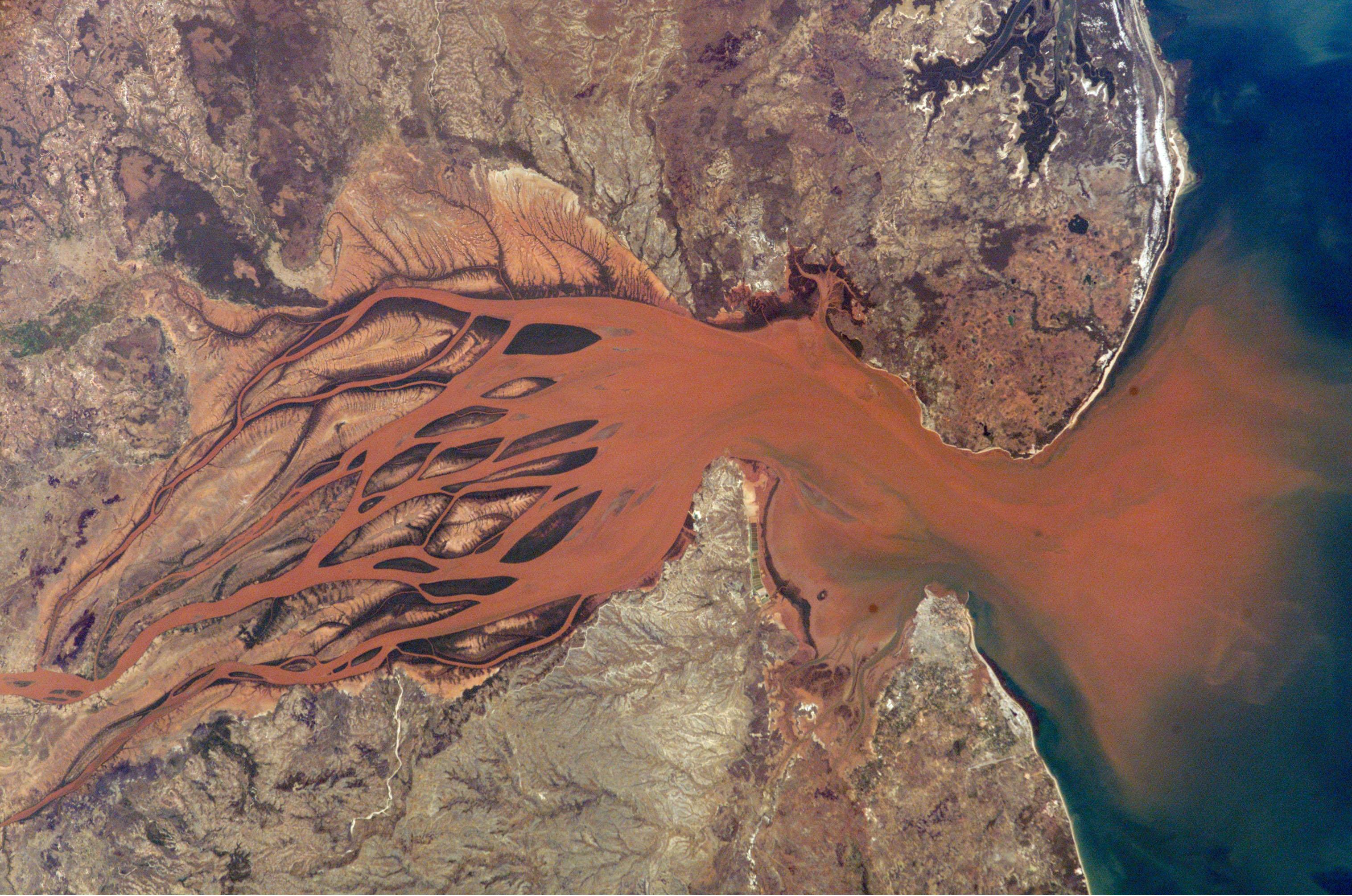sediment1.jpg